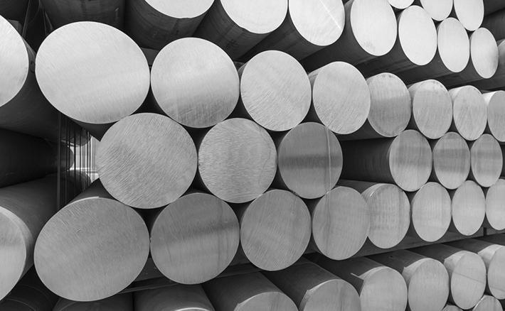 Differenza tra alluminio pressofuso e alluminio estruso