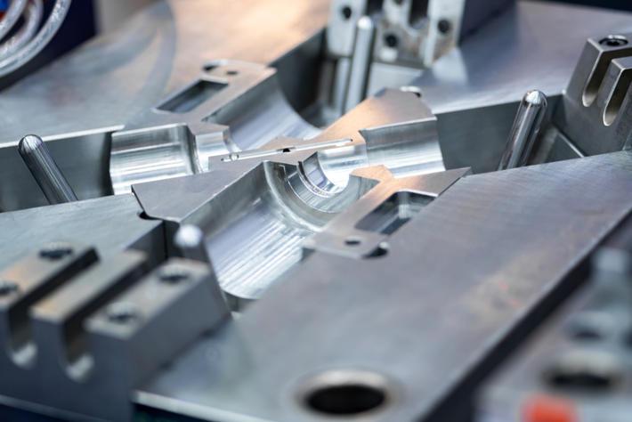 Manutenzione nel settore stampi pressofusione